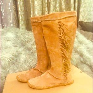 Ugg Women Mocassin Style Boot
